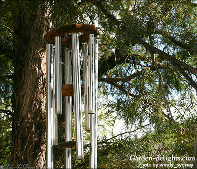 Multi-length eight aluminum tube wind chimes with two wooden strikers with octagon top, deep sound wind chimes, large church bell wind chimes.
