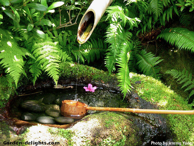 Japanese water fountains oriental magic of harmony with for Bamboo water garden