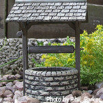 Garden wishing Wells, decorative wishing Wells, outdoor wishing Wells, landscaping wishing Wells, wishing well planter, Cedar wishing well.